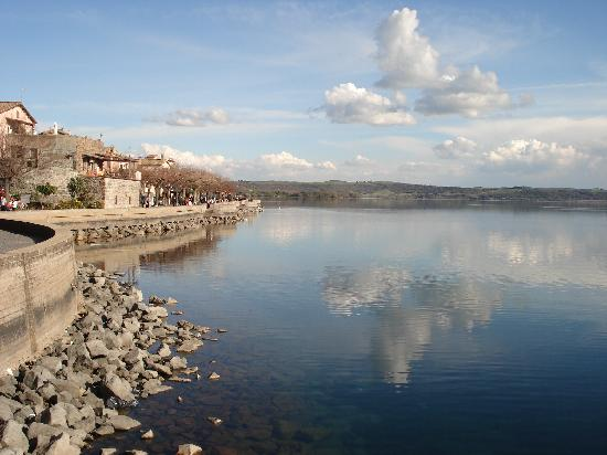 Trevignano Romano, Italie : Dal molo