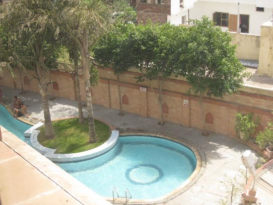 Mansingh Palace, Agra: the pool