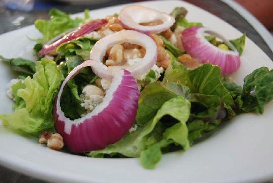 Crab Cakes Restaurant: Salad at Crab Cakes