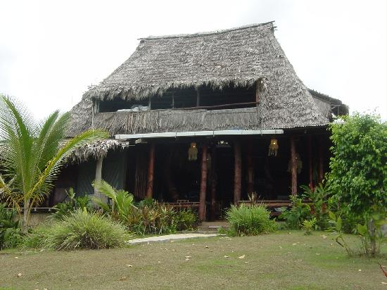 Punta Marenco Lodge: Community Hut - Meals, Beers