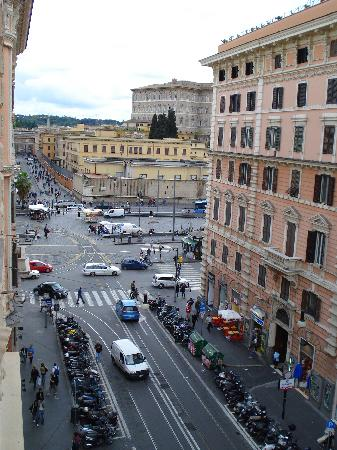 Le Suite di Via Ottaviano : view out the window to the left