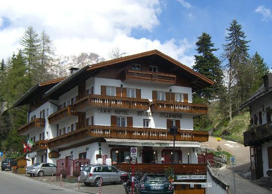 Ingresso foto di hotel meubl villa neve cortina d for Hotel meuble villa neve cortina
