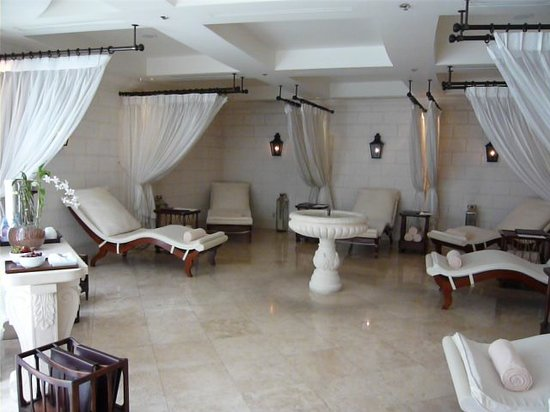 Sandy Lane Hotel: Spa relaxation room