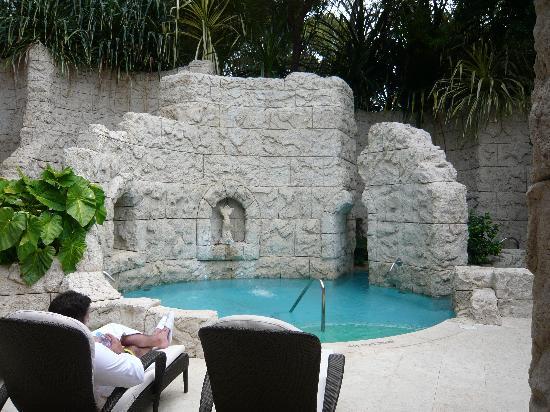 Sandy Lane Hotel: Spa pool