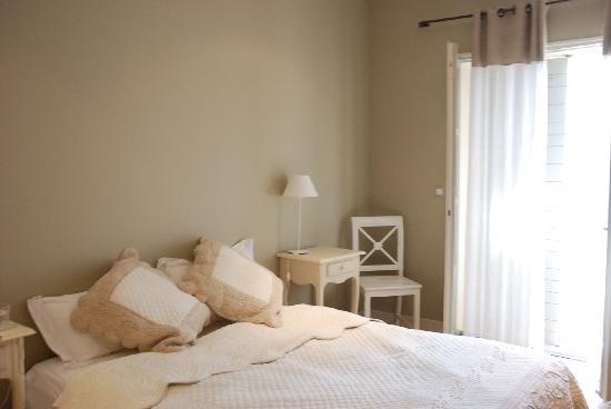 La Maison de Line: a cote bedroom