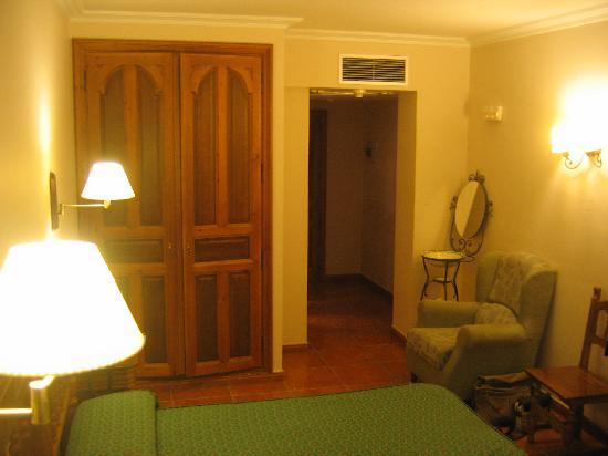Santo Domingo de Silos, สเปน: Jacuzzi Room (view 2) Hotel Sto Domingo de Silos