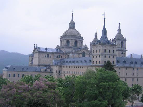 Parrilla Principe: View from the window- El Escorial Monastery