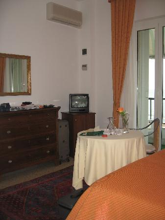Hotel Mion: fronte del letto