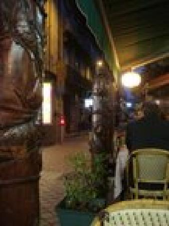 Hotel Kalliste: From Tonkin restaurant
