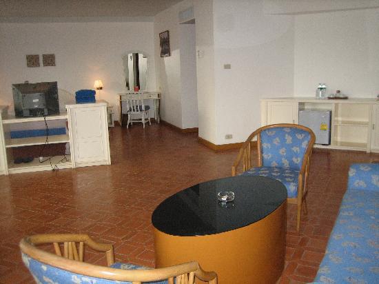 Thavorn Palm Beach Resort : Vue chambre Deluxe