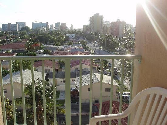 Shamrock Coral Gables: balcony