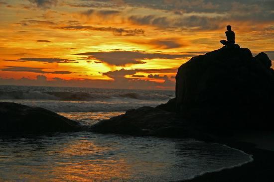 Vivanta by Taj - Bentota: Superb sunsets