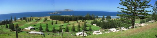 Norfolköarna, Australien: Panorama from QE Lookout over Quality Row, Golf Course, Emily Bay and out to the islands
