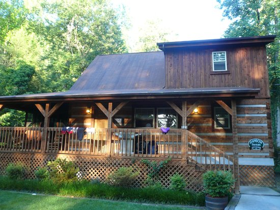 Rainbow log cabin rentals gatlinburg tn 2016 Campground cabin rentals