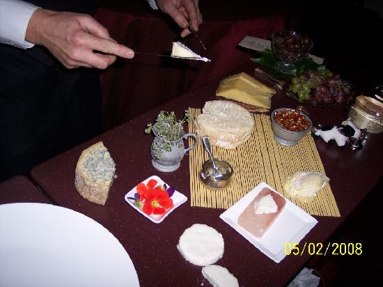 Madrona Manor Restaurant : The Cheese Cart