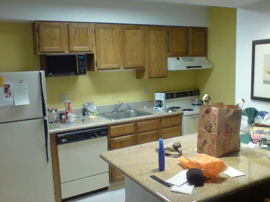 Residence Inn Livermore Pleasanton: Kitchen