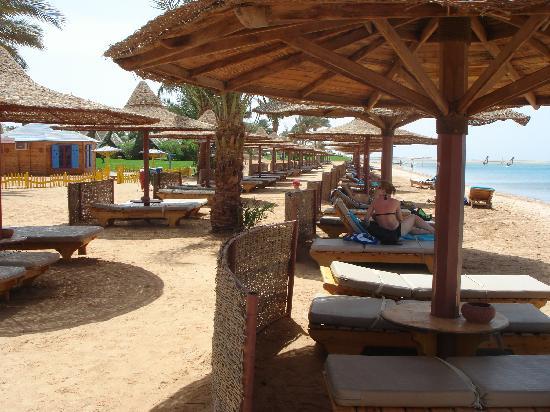 Ibis Styles Dahab Lagoon: Schutz im Schatten finden