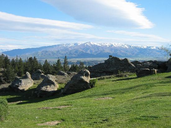 Rocky Range: View to Dunstan Mountains