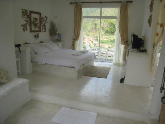 Baan Aom Kod Kun Kao Resort : bed
