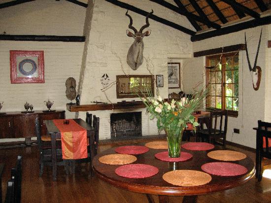 Fashoda Lodge: Dining Room
