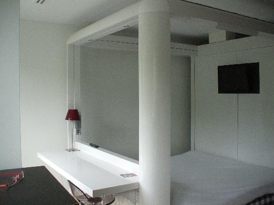 โรงแรมคิวบิค อัมสเตอร์ดัมWTC: Room as you enter