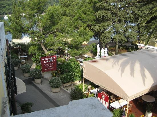 Villa Pattiera : View from our room overlooking The Leut Restaurant, and Cavtat town square