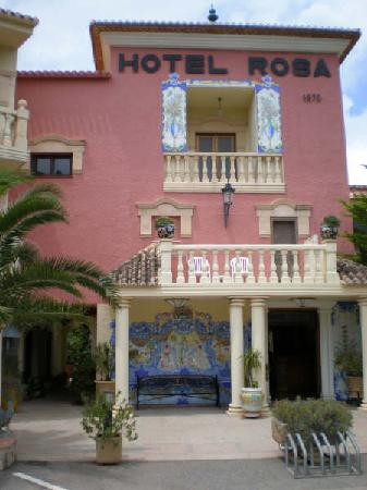 Hotel Rosa : Front view