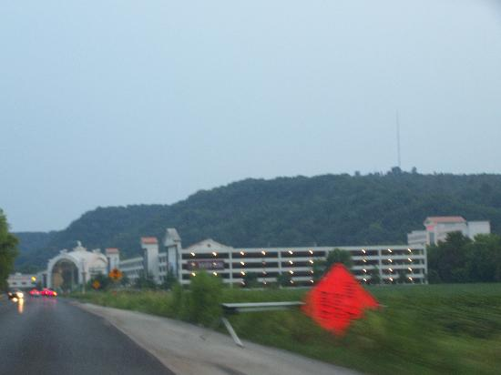 Horseshoe Southern Indiana: Driving toward Caesars