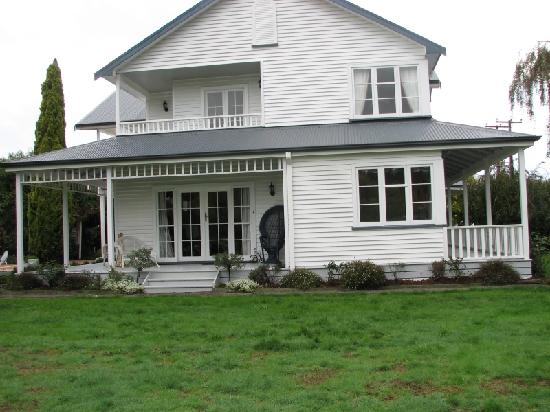 Country Lane Homestay