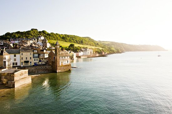 Cawsand, UK : Looking across to Kingsand