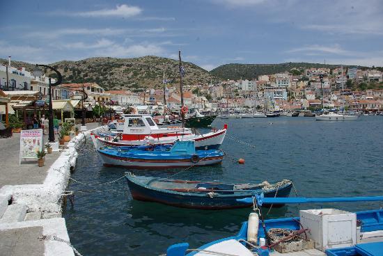 Kouros Bay Hotel: Harbor Pythagorion