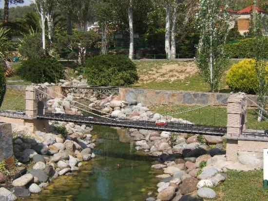 Torrelles de Llobregat, Spain: A small bridge  to miniland