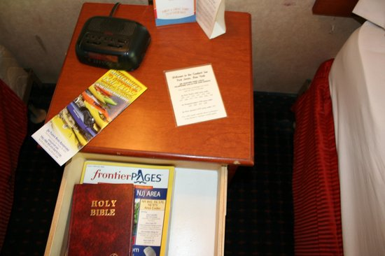 Days Inn Port Jervis :                                     the lack of a phone was a nice touch - not!