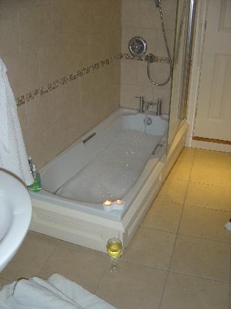 17 Burgate: Our lovely bathroom