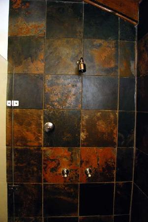 The Tarragon: Bathroom finish with very nice tiles