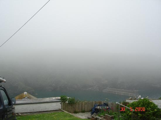 Slipway Hotel : The fog rolled in