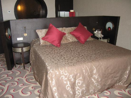 Cornelia Diamond Golf Resort & Spa: My room