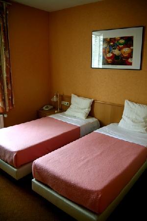 Hotel-Brasserie Castel: Betten