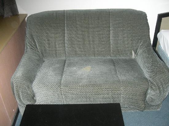 Hotel Holiday: el sillón... era aún peor que en la foto