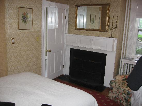 Sherburne Inn: room 2