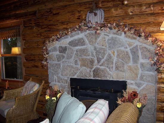 The Wooded Garden Bed & Breakfast: Innkeeper's Cabin