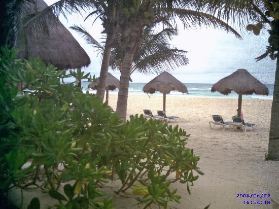 Mahekal Beach Resort: View from bedroom window