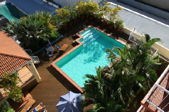 Inn Cairns Boutique Apartments: Pool