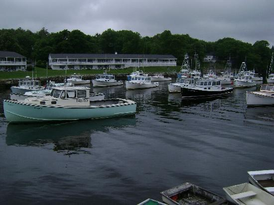 Marginal Way : Lobster Boats in Perkins Cove