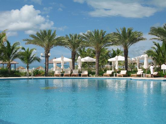 Seven Stars Resort & Spa: Pool Side