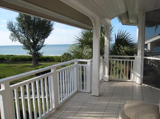 Sanibel Cottages Resort: Porch