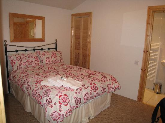 St. Ronans Bed & Breakfast : Cottage Bedroom
