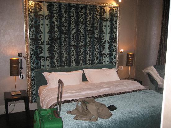Hotel Ares Paris: Room 26