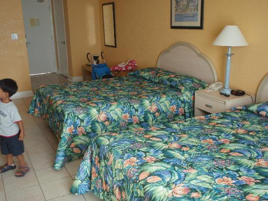 Junkanoo Beach Resort: The Room