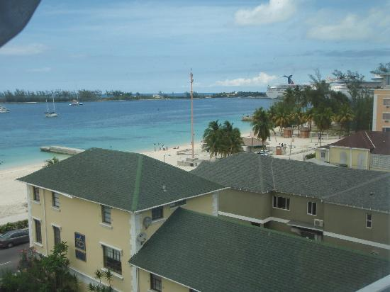 Junkanoo Beach Resort: View from the room - another angle